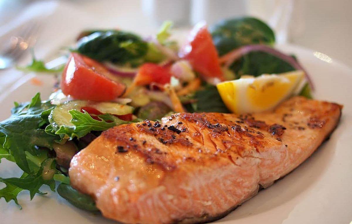 salmón a la parrilla receta